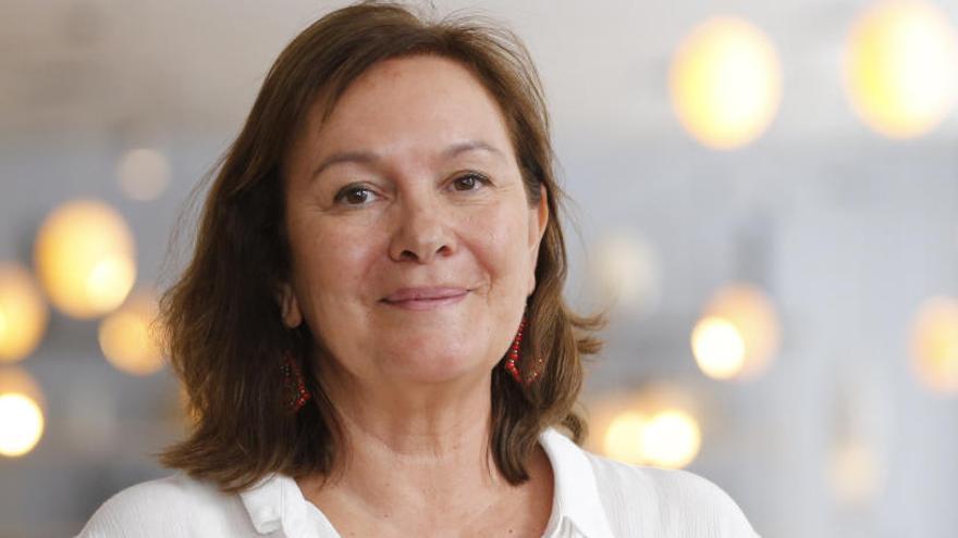 Clara Sánchez: «No somos lo que parecemos. A veces nos disfrazamos por necesidad»