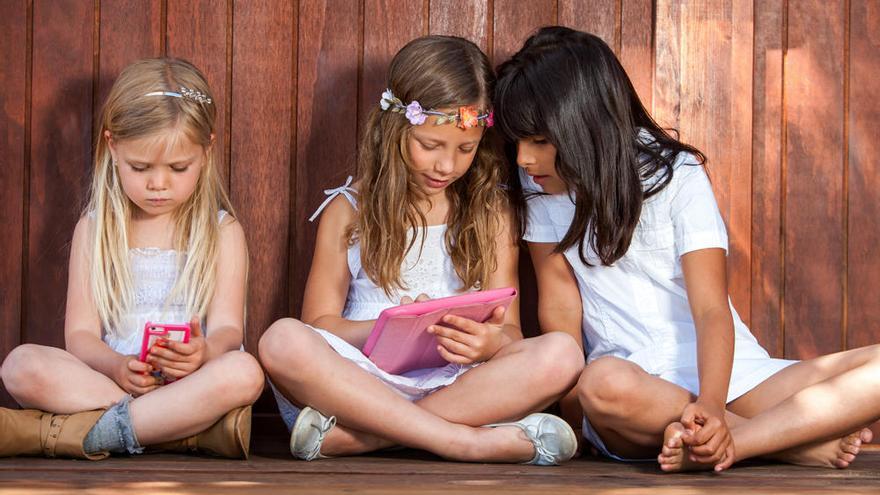 """""""Hasta los 3 años, los niños deberían tener cero contacto con móviles y tablets"""""""