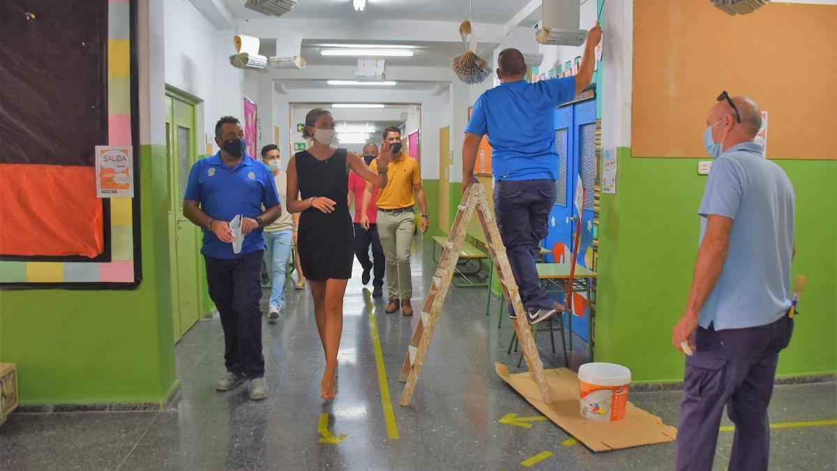 Continúa la limpieza y desinfección intensa de colegios y centros educativos de Archena