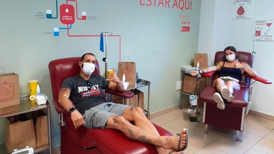 El ICHH obsequiará a los donantes de sangre con un detalle de las islas con motivo del Día de Canarias