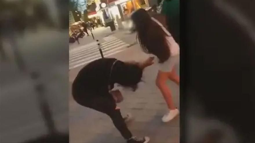 «La caza del pijo»: El nou repte viral que consisteix a propinar pallisses i gravar-les
