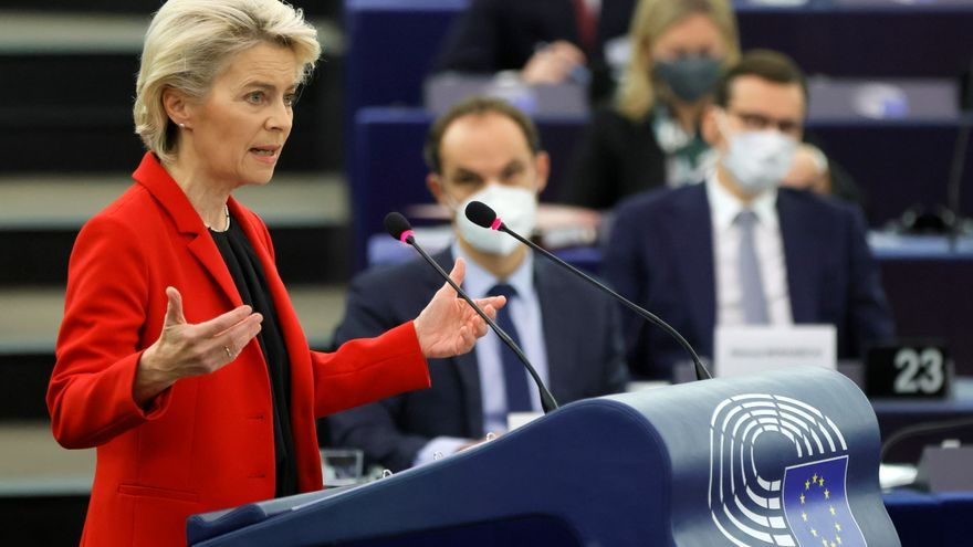 """Von der Leyen advierte a Polonia: """"No toleraremos que pongan en peligro nuestros valores"""""""