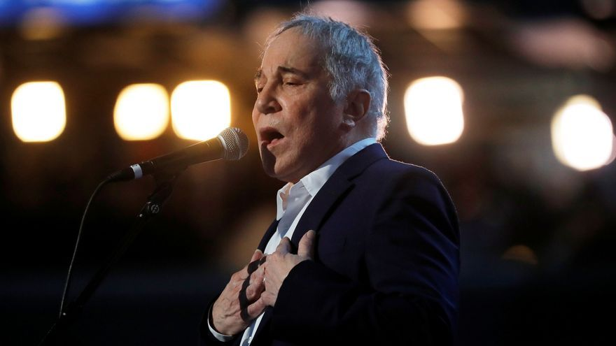 Paul Simon vende todas sus canciones a Sony