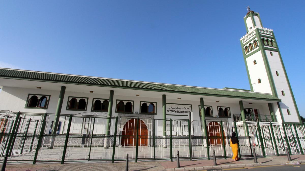 Las mezquitas de Ceuta cerrarán tras el último rezo por la alta incidencia de la covid.