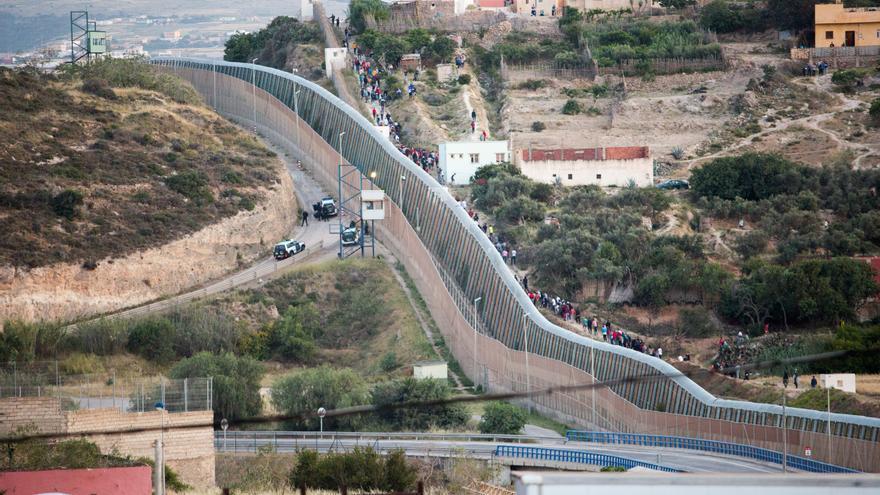 Marruecos frustra intento de entrada a Melilla de entre 200 y 300 migrantes