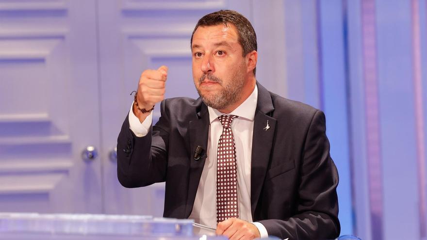 Salvini se burla de Richard Gere tras ser incluido como testigo en su juicio