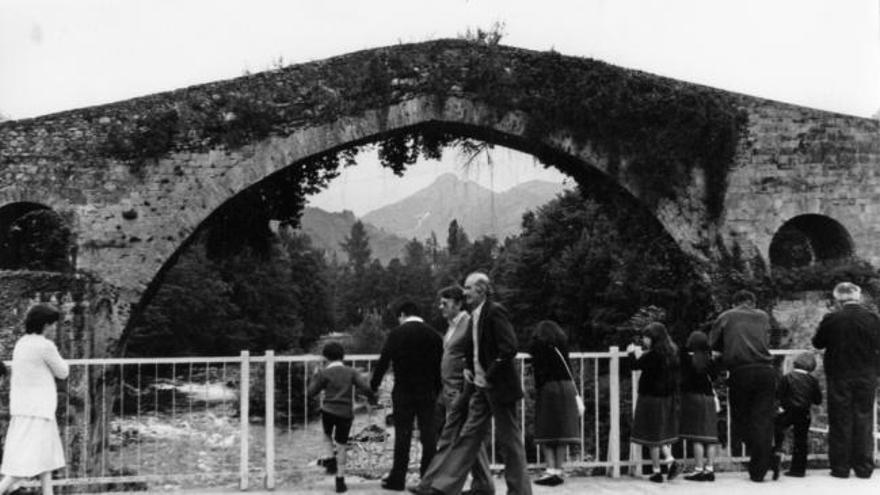 Disfruta del archivo fotográfico de LA NUEVA ESPAÑA: fotos antiguas de Gijón, Oviedo, Tineo o Colunga