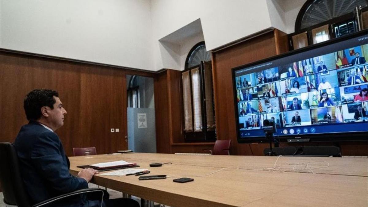 """Juanma Moreno considera una """"enorme irresponsabilidad"""" la fiesta en la que estuvo el príncipe belga"""