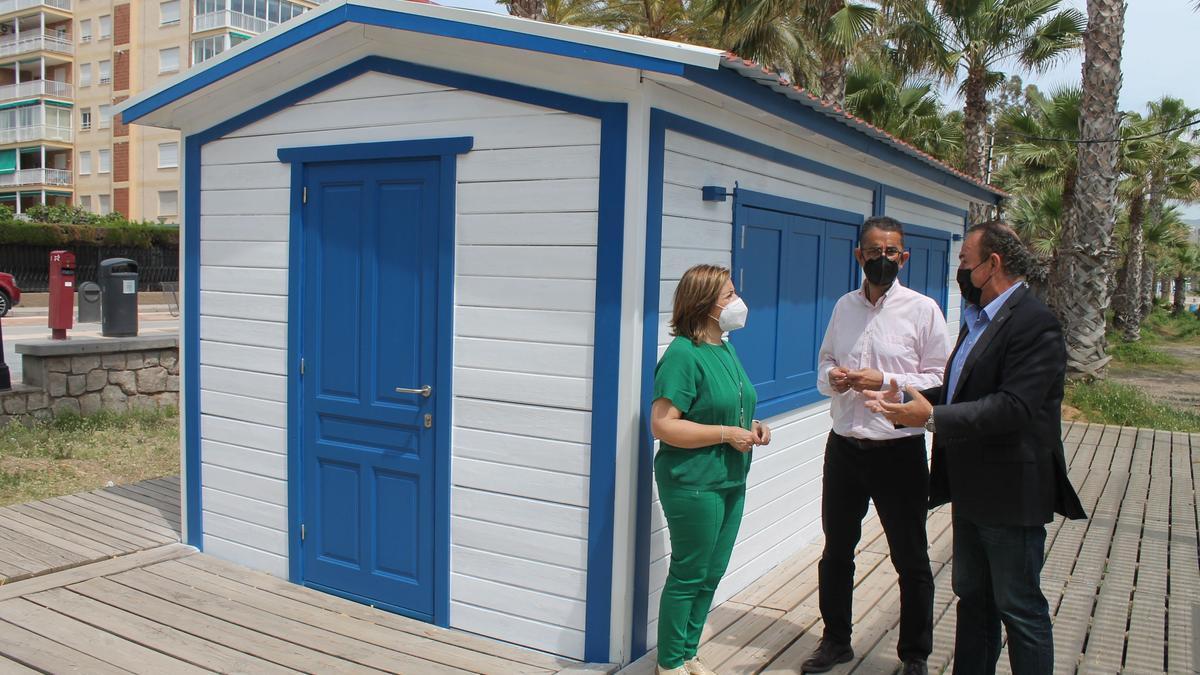 Benicàssim pone a punto la biblioteca del mar para verano