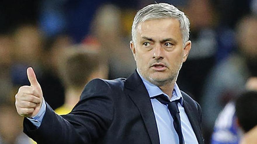 El Manchester United fichará a Mourinho y despedirá a Van Gaal