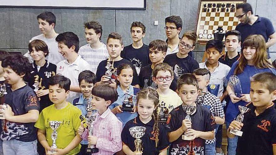 El Xadrez Ourense y el Benchoshey, los equipos con más podios en Expourense
