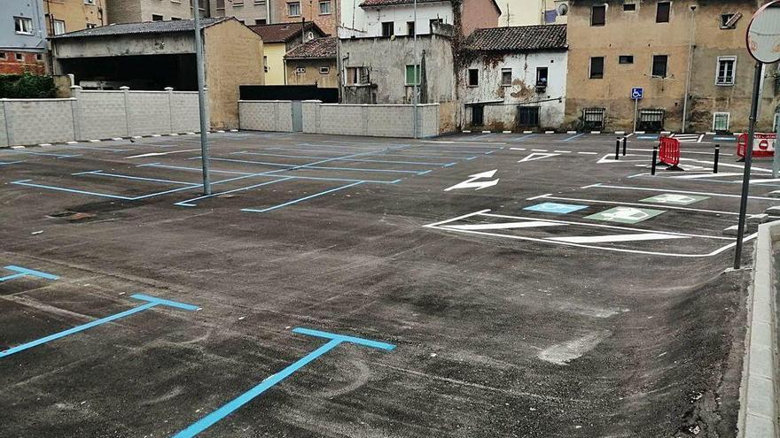 El aparcamiento de Manuel Llaneza, con 49 plazas, entrará en servicio el próximo lunes
