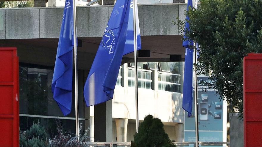 Stellantis, la fusión entre PSA y Fiat, debuta en Bolsa con rebotes del 7%