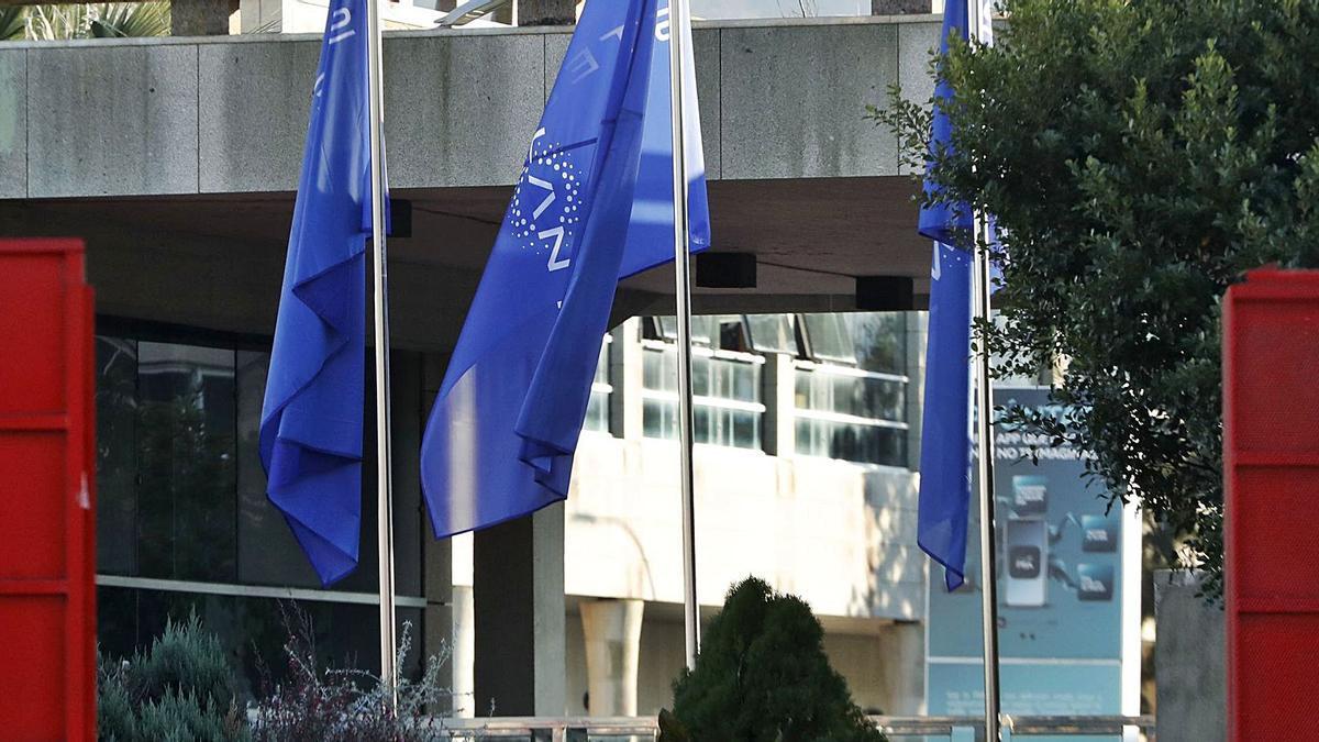Stellantis, la fusión entre PSA y Fiat, debuta en Bolsa con rebotes del 7% | JOSÉ LORES