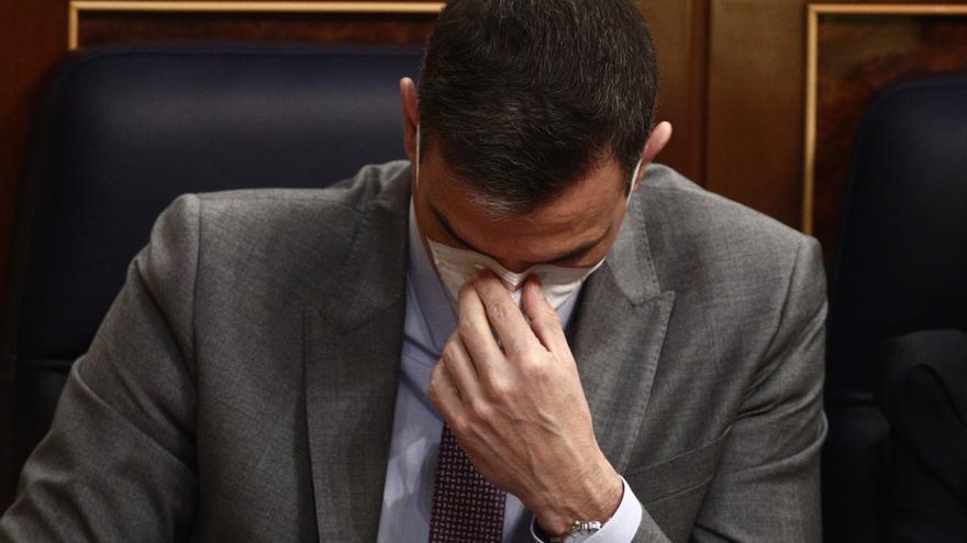 La resaca de las elecciones madrileñas redobla la presión sobre Sánchez