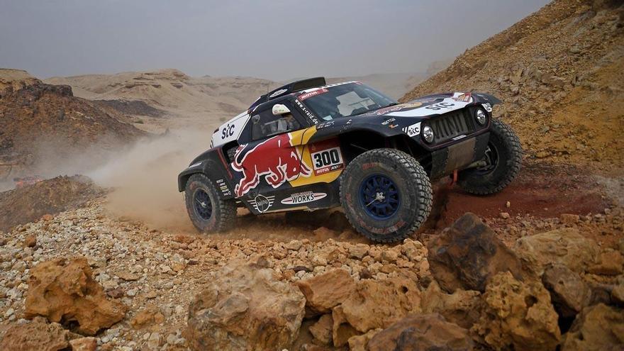 Mala jornada para Sainz y Barreda en el Dakar