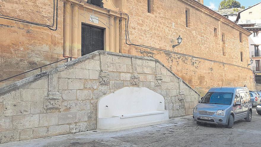 La fuente que rompe el barroco de Ademuz
