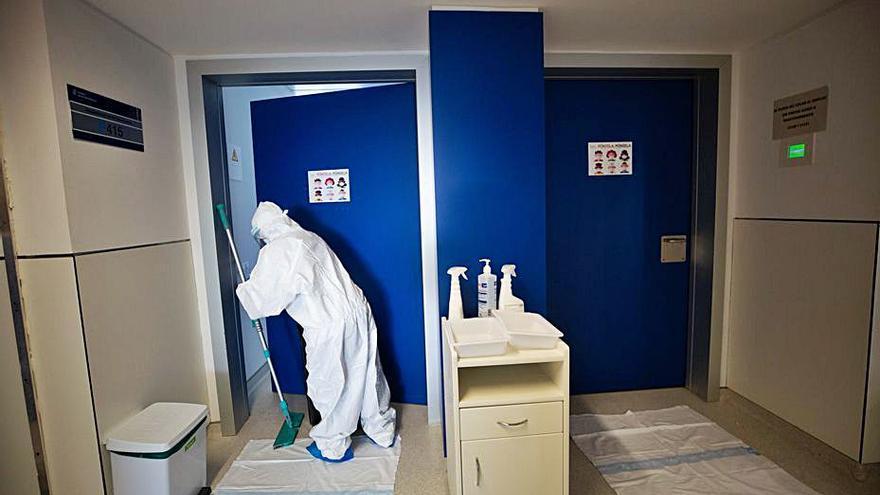 El personal de limpieza de Can Misses irá a la huelga a final de mes