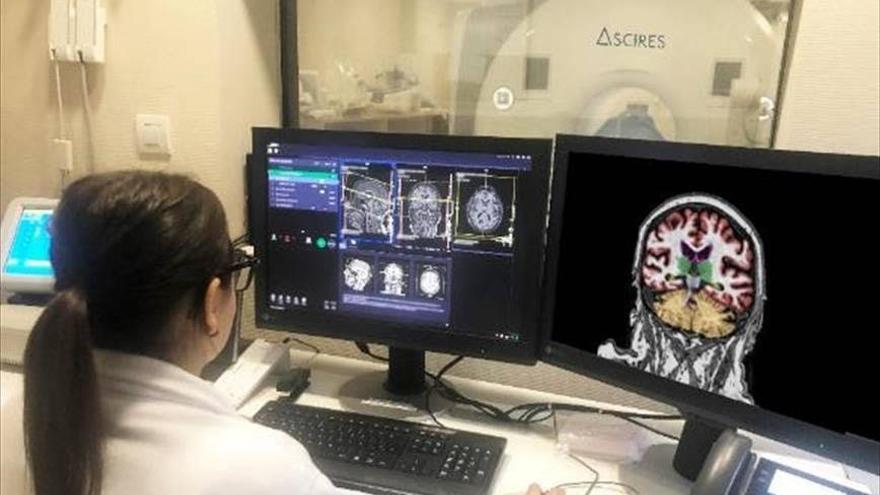 La música de fons podria millorar la memòria de persones amb Alzheimer o deteriorament cognitiu