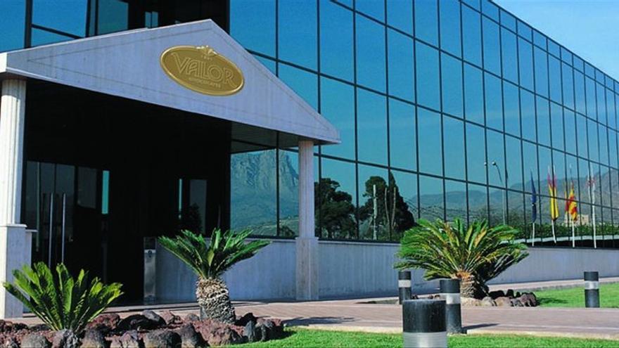 Valor refuerza su estrategia internacional: compra al mayor fabricante de chocolate de Portugal