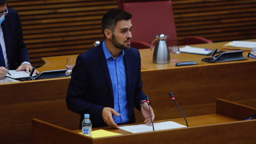 Compromís intenta arraconar Puig a les Corts amb el finançament