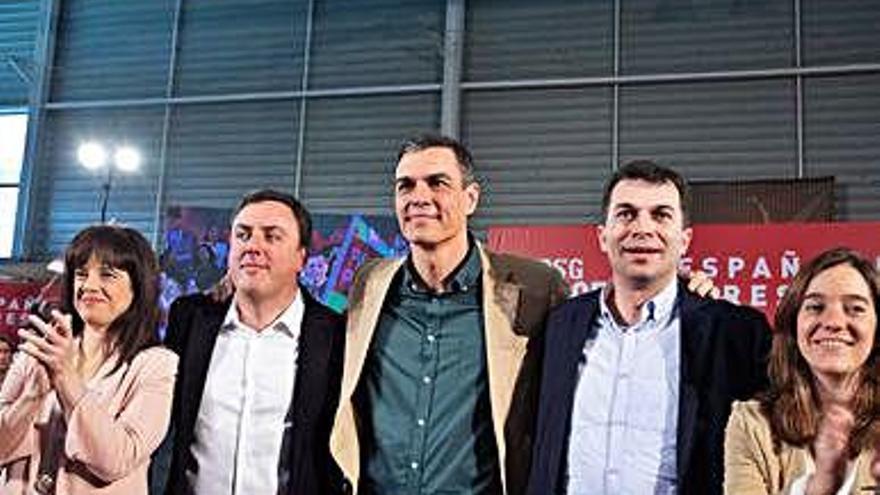 Ferraz enmienda la candidatura del PSOE coruñés y eleva al cuarto puesto a Villoslada