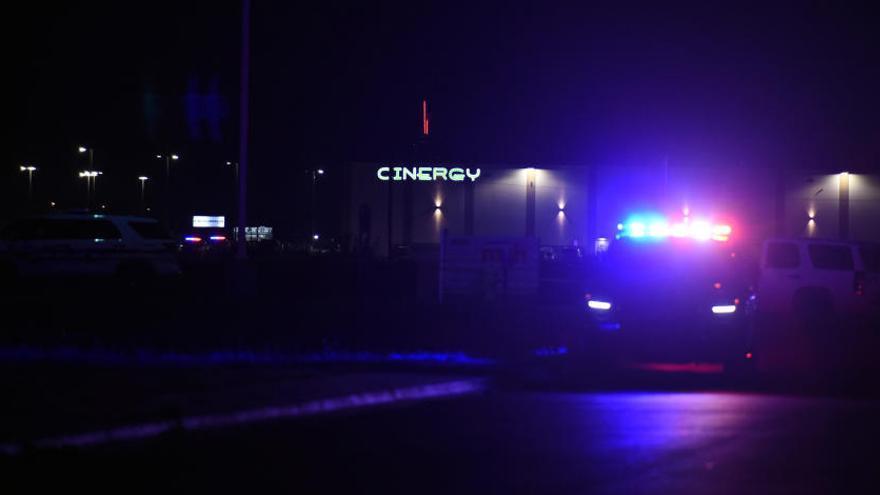 Almenys set morts i més de 20 ferits en un tiroteig a Texas