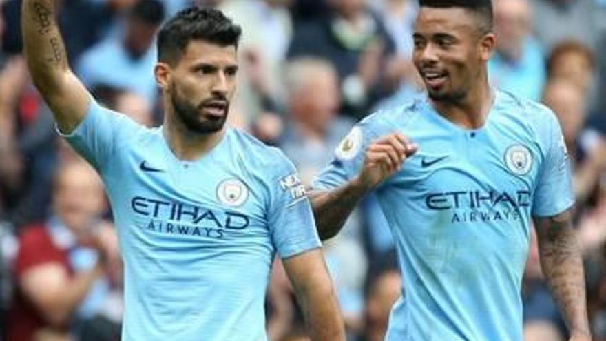 Agüero, amb un hat-trick, lidera la plàcida victòria del Manchester City