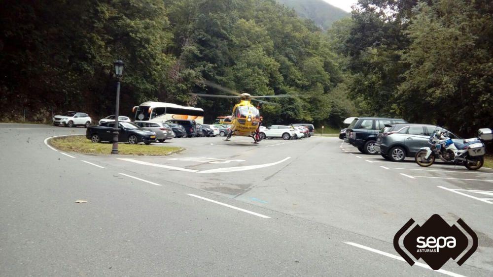 Dos motoristas heridos en el entorno de Covadonga