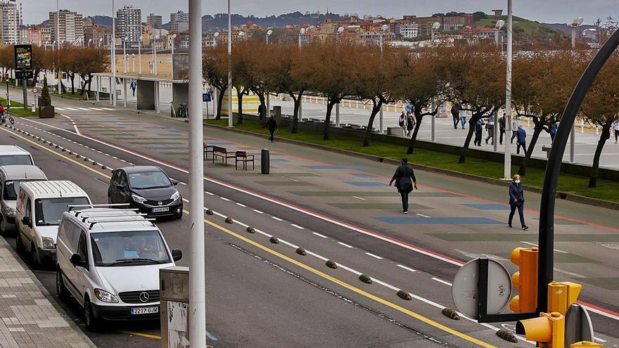 El Muro cumple su primer año tras el primer corte de tráfico