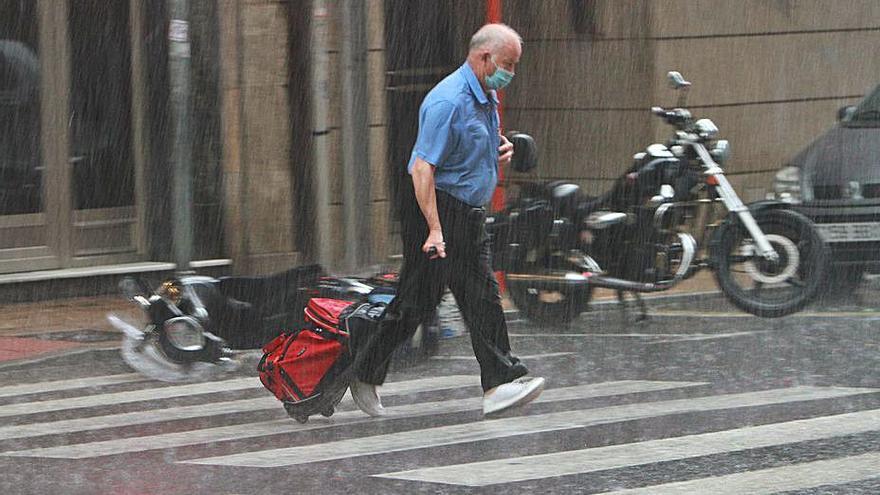 Más lluvia en 9 días de antesala del verano que en mes y medio