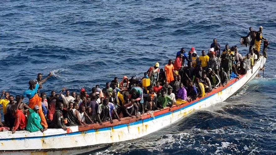 Dan por muertos a los 140 migrantes desaparecidos en la embarcación que explotó cuando se dirigía a Canarias