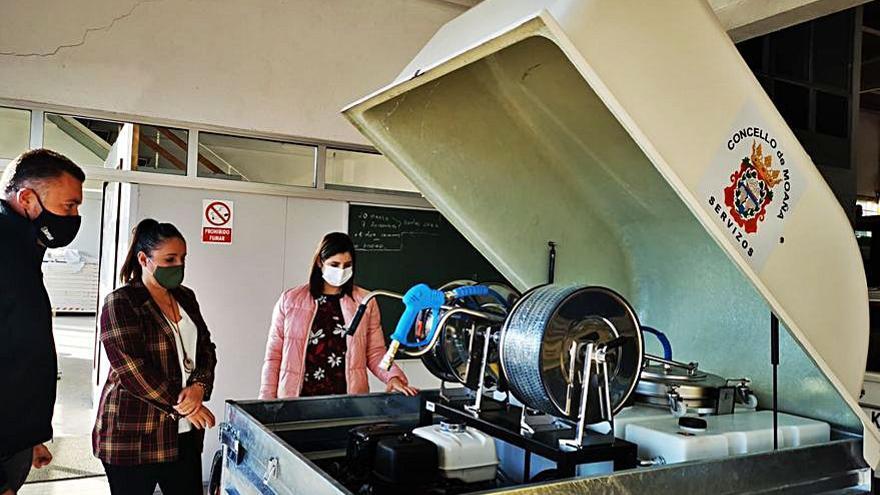Moaña mejora las desinfecciones con un equipo de alta presión