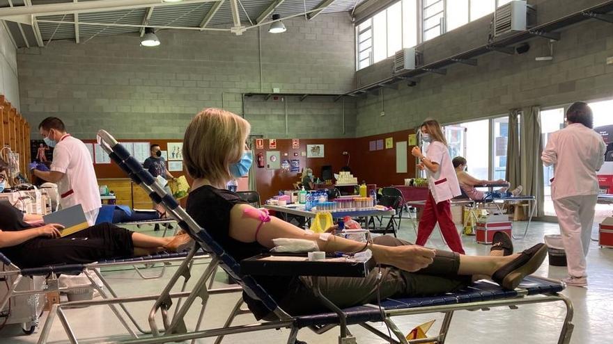 Figueres habilita el pavelló de l'escola Josep Pallach per a la donació de sang