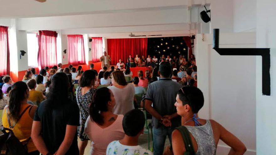 El colegio de Melenara comienza el curso escolar sin luz el día 12