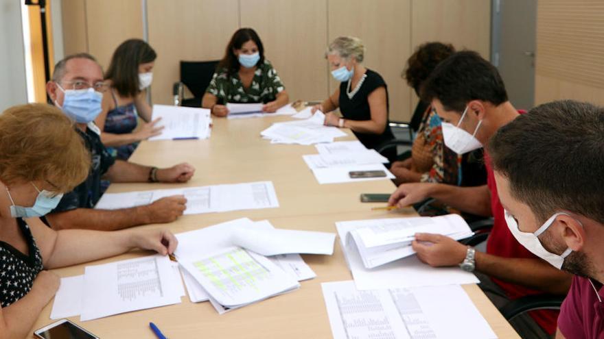 Benidorm recibe más de 1.200 solicitudes para las ayudas a empresas y autónomos