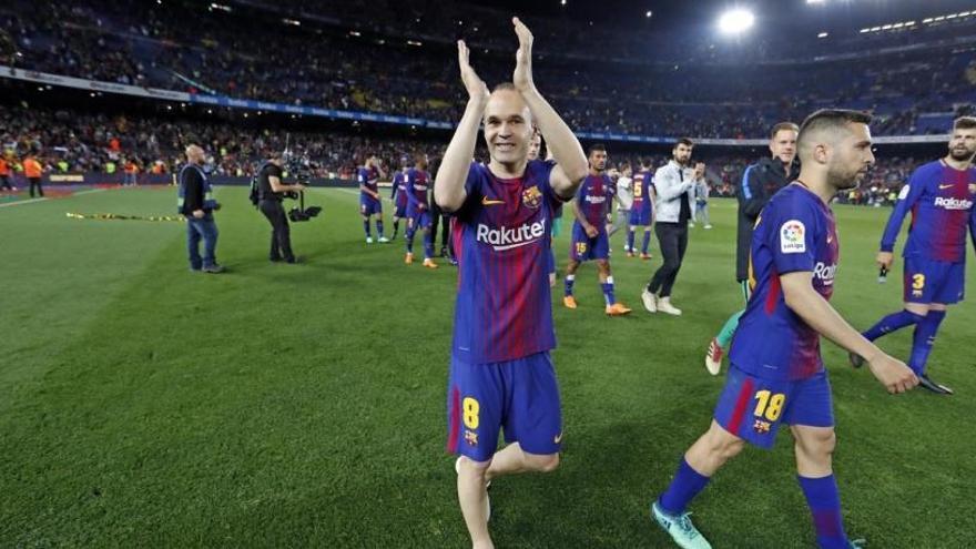 L'adéu d'Iniesta protagonitza l'irrellevant Barcelona-Reial Societat