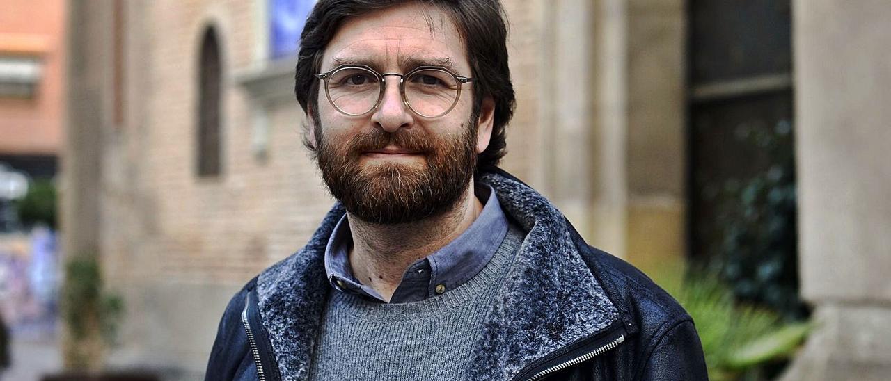 Félix Crespo, psiquiatra y psicoterapeuta, no quiere pensar en generaciones perdidas.
