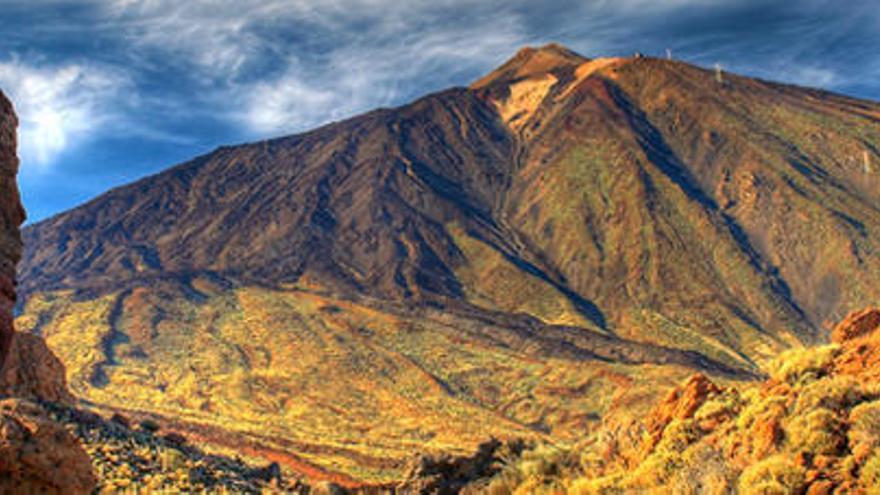 Involcan previene a Canarias sobre los peligros volcánicos de las islas