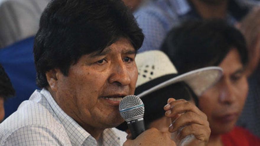 """Evo Morales viajó a Cuba por """"motivos de salud"""""""