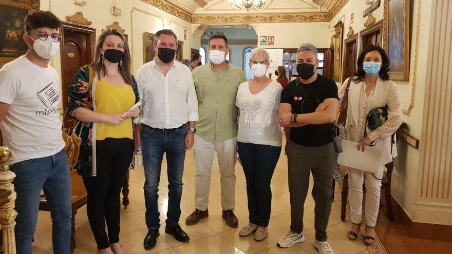 Juan Espadas pide apoyo en Lucena para las primarias del PSOE andaluz