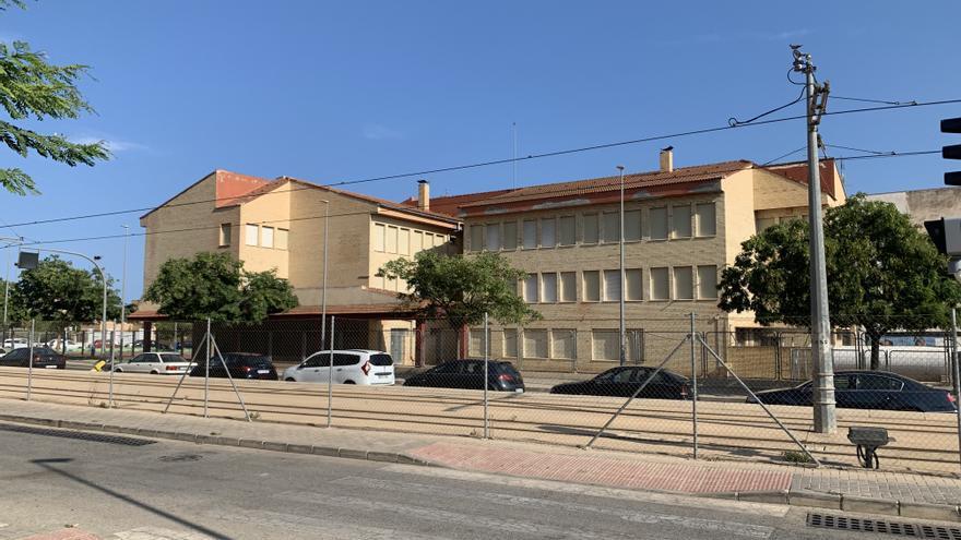 La Vila rebaja en 180.000 euros el contrato para mejorar la eficiencia energética en el colegio Mare Nostrum