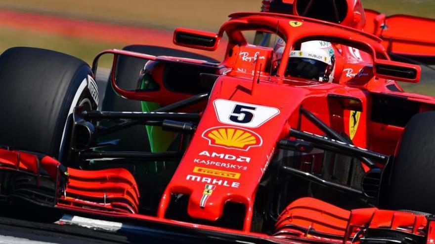Vettel es el más rápido en la segunda sesión, pero no supera a Hamilton