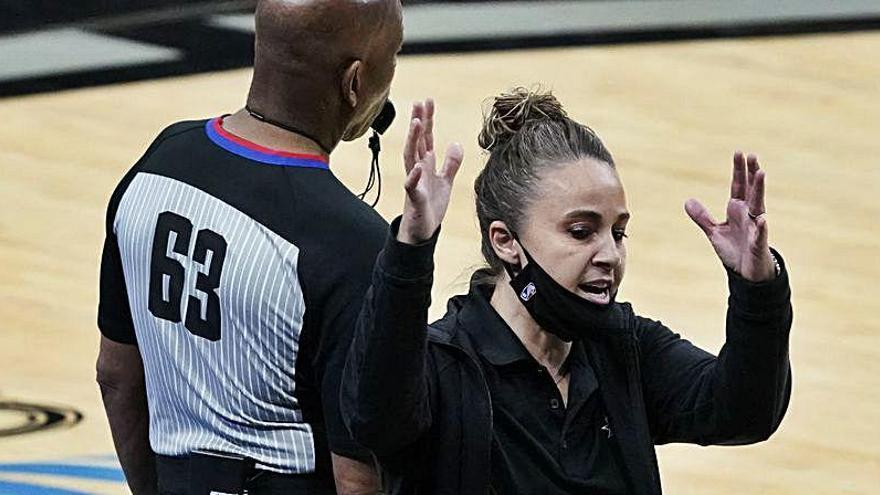 Una ex del Ros Casares hace historia en la NBA