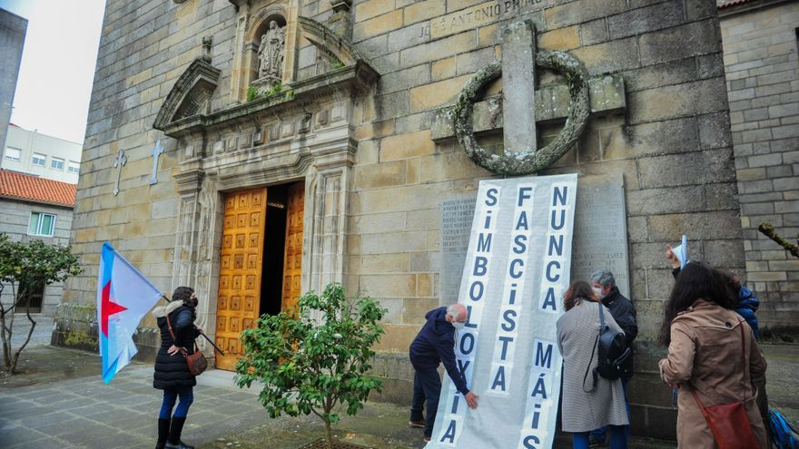 Patrimonio asegura que las obras para retirar la cruz de la Parroquial están autorizadas desde 2004