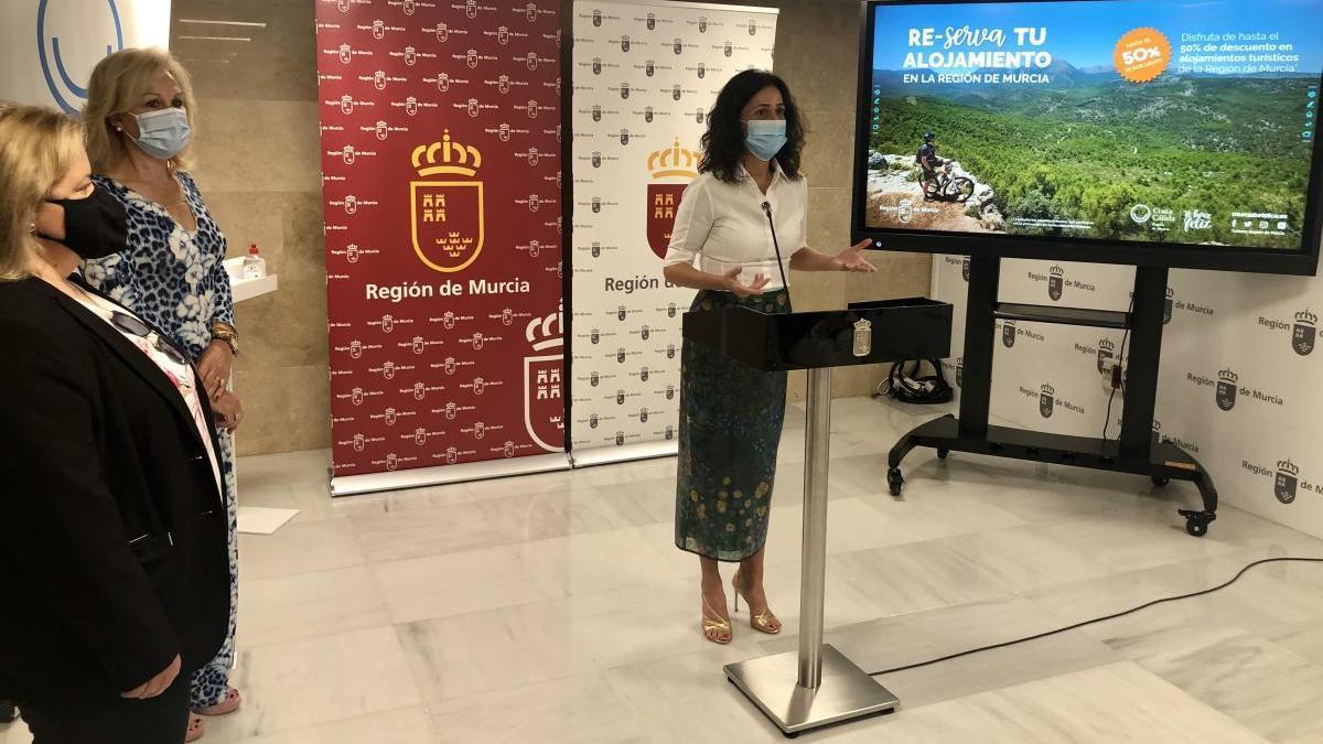 Descuentos de hasta el 50% en alojamientos turísticos para residentes de la Región