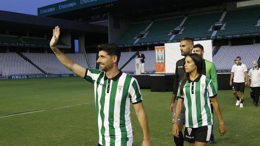 El Córdoba CF se viste para ganar: así son sus nuevas equipaciones