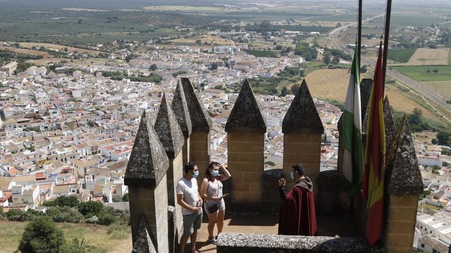 Jornada de puertas abiertas en Almodóvar del Río por el Día del Turismo