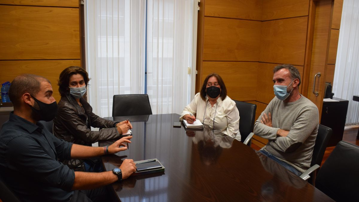 Por la izquierda, Adrián Lagar, Marta Álamo, Ana Rosa Nosti y Alberto Pajares, durante el encuentro
