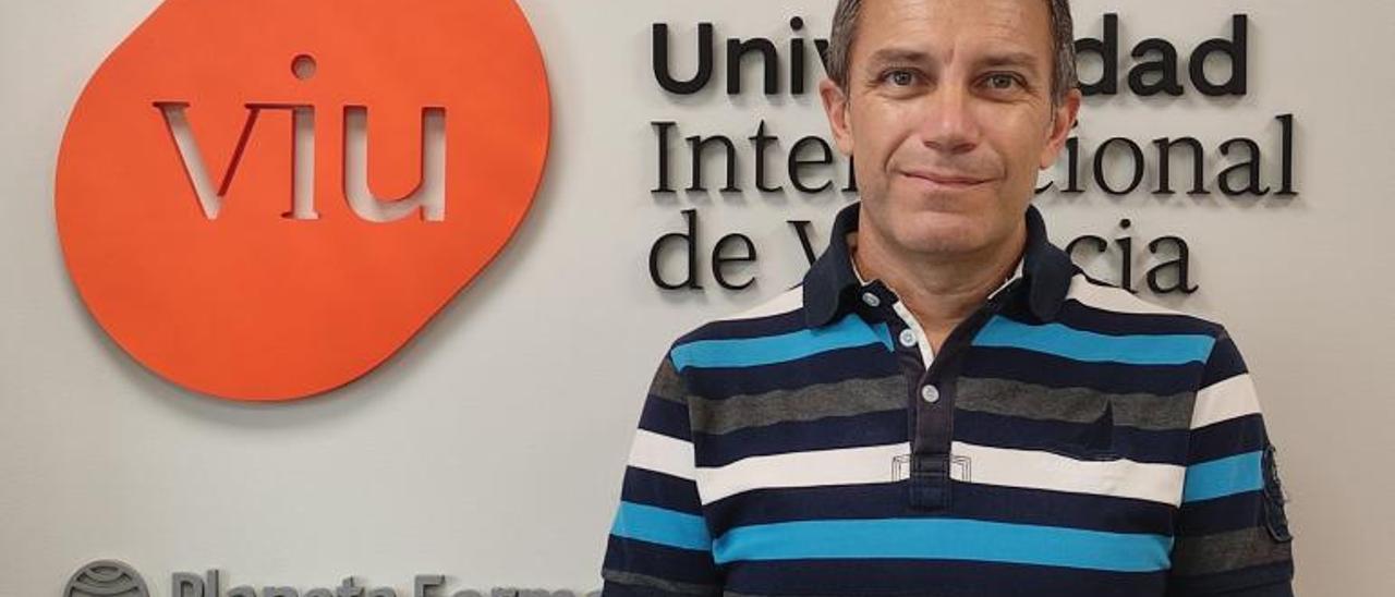 El doctor en Enfermería Vicente Gea Caballero.   VIU